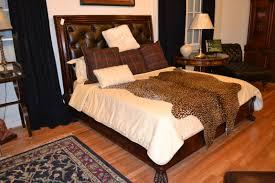 Henredon King Size Bedroom Set Beds