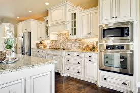 Kitchen Backsplashes For White Cabinets by Hallmark Arctic White Cumberland Antique White Kitchen Cabinets