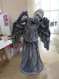 Weeping Angels Halloween Costume Gruesome Halloween Costume Ideas 25 Terrifying Cosplayers
