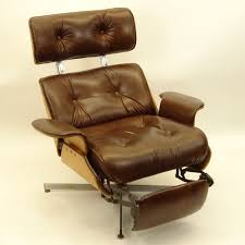 eames lounge chair u0026 ottoman hivemodern within eames recliner