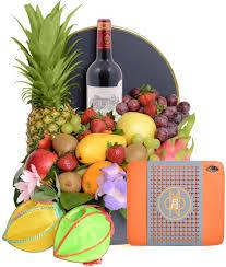 fruit gift box exclusive fruit gift box with landmark mandarin mooncake