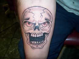 file skull tattoo cover up by keith killingsworth jpg wikimedia