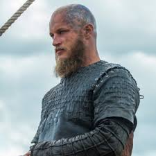 ragnar lothbrok hair ragnar lothbrok from vikings charactour everyone s a character