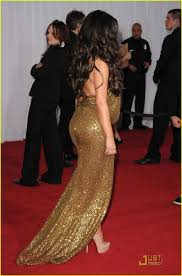 kim kardashian u0026 keri hilson grammys 2011 red carpet photo