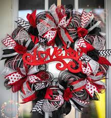 s day wreaths 702 best wreaths images on deco mesh wreaths