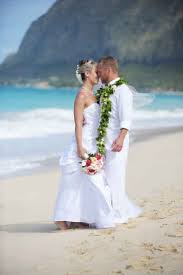 Waimanalo Beach Cottage by Oahu Weddings Waimanalo Beach Cottages Getting Married At