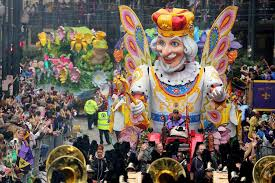 mardi gras by the new orleans mardi gras parades see schedule routes of all