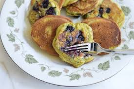 avocado blueberry pancakes paleo gluten free