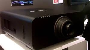 panasonic home theater projectors ise 2014 panasonic shows 4k 20 000 lumens projector in