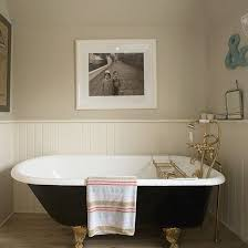 cottage bathroom ideas best 25 cottage bathrooms ideas on farmhouse bathroom