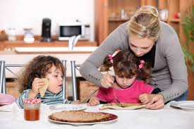 Kids Eating Table Forcing Kids To Clean Their Plate May Cause Obesity Study Suggests