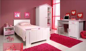 chambre de fille pas cher cuisine chambre bã bã fille avec lit bicouleur blanc et