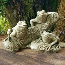 branch frogs garden ornament