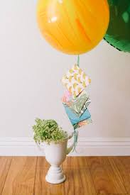 balloons gift balloon bouquet list gift idea for grads cupcakes and cutlery