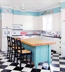carrelage cuisine damier noir et blanc conseils déco adopter le carrelage damier noir et blanc