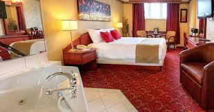 hotel avec bain a remous dans la chambre chambre avec bain tourbillon les suites de laviolette