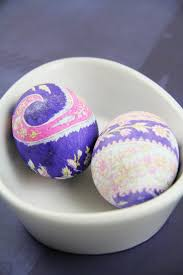 Decorating Easter Eggs With Silk by 30 Easter Egg Decorating Ideas A Pumpkin And A Princess