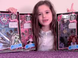 monster high makeup beauty set review frankie stein draculaura