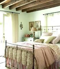 chambre dado decoration anglaise pour chambre 4 maison de cagne en decoration
