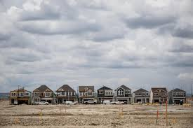 toronto vancouver home prices to turn negative as mortgage rates
