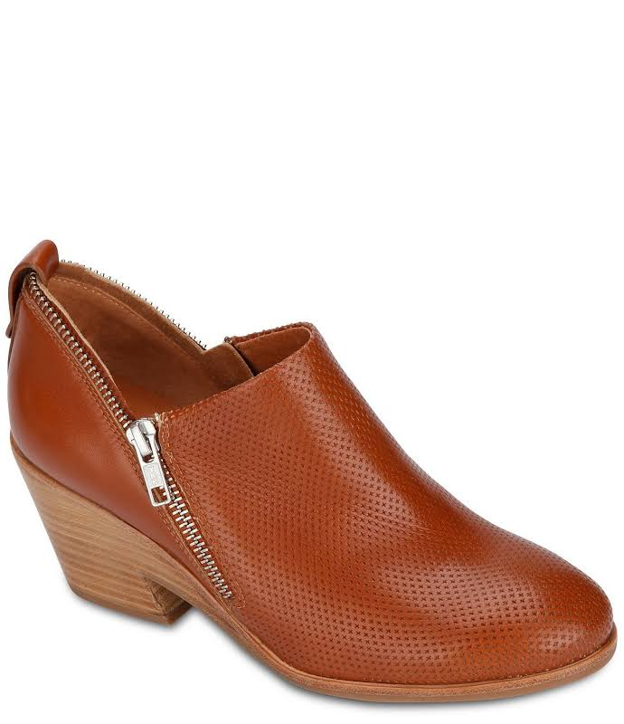 Gentle Souls By Kenneth Cole Blaise Zipper Leather Shootie, 7.5, Brown