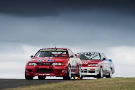 yellow porsche twilight porsche rennsport australia motor racing festival u2013 ardc u2013 sydney