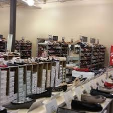 designer shoe outlet dsw designer shoe warehouse shoe stores 17610 la cantera pkwy