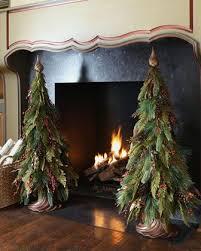 Pre Lit Mini Christmas Tree - 25 unique real mini christmas tree ideas on pinterest primitive