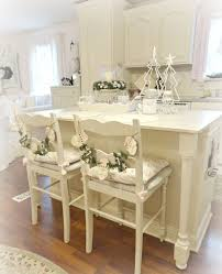 sweet shabby chic in small kitchen completed with eat in idea