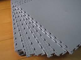 Diamond Tread Garage Flooring by Rubber Garage Flooring Silver Under Tire Customer Rubber Garage