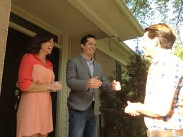 Do They Get To Keep The Furniture On Property Brothers by Hgtv U0027s U0027property Brothers U0027 Finish Run In Atlanta Radio And Tv Talk