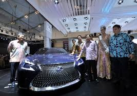 lexus mobil giias 2016 lexus hadirkan 2 mobil masa depan otomotif magz
