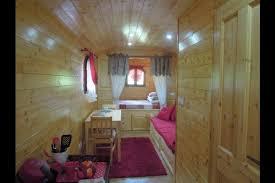 roulotte 2 chambres chambre d hôtes dans une roulotte 2 4 personnes à nouic haute