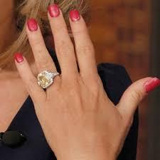 Kim K Wedding Ring by Jenny Mccarthy Kim Kardashian Mila Kunis Match The Engagement