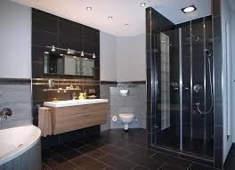 edle badezimmer fliesen und natursteine im kreis spessart