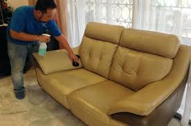 How To Clean A Leather Sofa Leather Cleaning Couch Clean Sofa With Saddle Soap How To