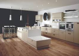 clean and pristine matt kitchens cavendish