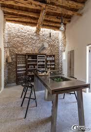 mur deco pierre cuisine avec mur en pierre inspirations et cuisine moderne