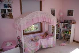 Disney Princess Canopy Bed Photo Of Princess Canopy Toddler Bed With A Princess Nights Sleep