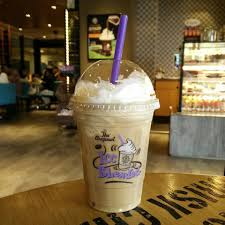 Coffee Bean Blended beanonavespa the coffee bean tea leaf wants you to just affogato