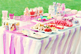 tissue paper streamers easy diy crepe paper streamer tablecloth princess party decor