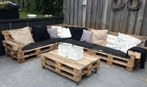 canapé avec palette table avec palette meuble de jardin avec palette en bois 6 canape