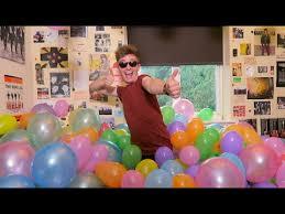 party in my bedroom 500 balloons in my bedroom youtube
