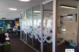 vitrophanie bureau vitrophanie geometric bureaux 1024x671 jpg 1024 671 stiklo