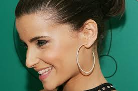 nelly earrings hear nelly furtado s new single big hoops bigger the better fuse
