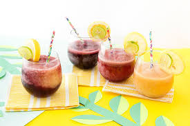your pool party needs these 2 ingredient wine slushies