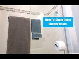 Clean Shower Doors How To Clean Shower Doors Cleaning With Vinegar
