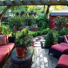 Best  Small Backyard Decks Ideas On Pinterest Back Patio - Backyard design idea