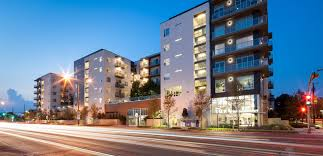 aura on mckinney luxury apartments u0026 townhomes for rent in dallas