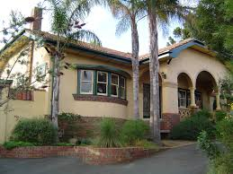 mission style house file spanish mission style house in heidelberg victoria jpg